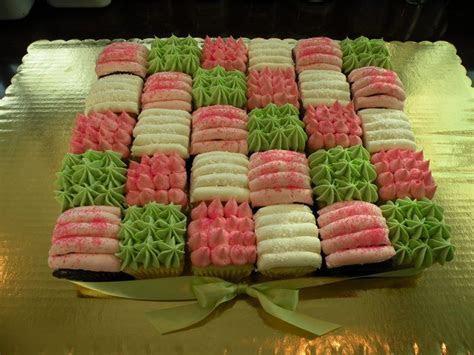 Best 25  Square cupcakes ideas on Pinterest   Hamburger
