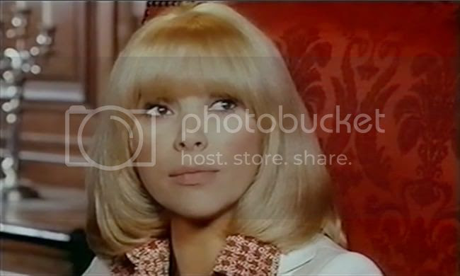 photo mireille_darc_ok_patron-1.jpg