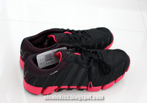 pink and black sports shoes