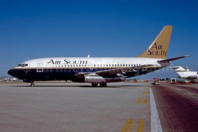 Air South (4th) Boeing 737-2P6 EI-CKL (msn 21356) MIA (Bruce Drum). Image: 102754.