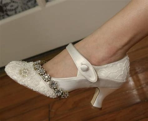 Jazzy .. Ivory 1920s Wedding Shoes . Gatsby Style Shoes