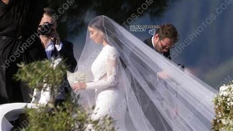 Kim Kardashian Givenchy wedding dress : Elle