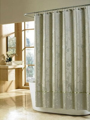 Tips on Using Cloth Shower Curtains | Overstock.