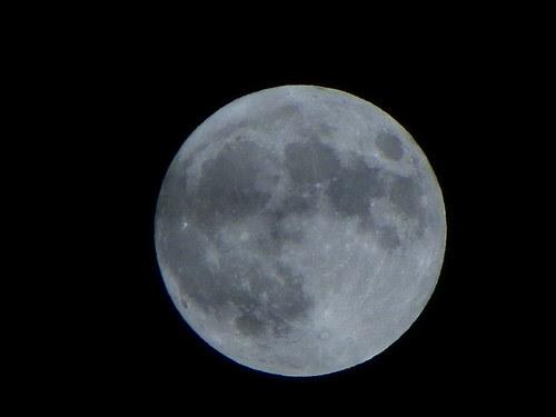 7.6.2009 Chicago by night, Montrose Harbor ; Moon , Ksiezyc