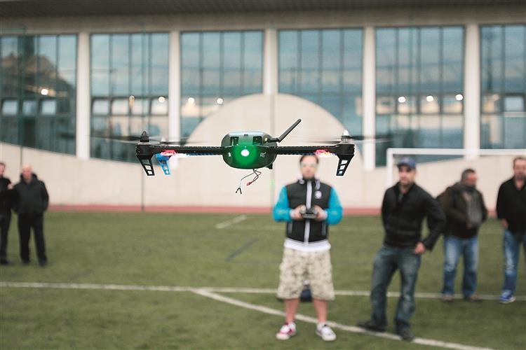 Drones: eles andam aí