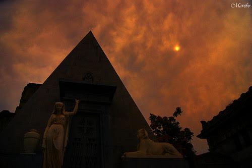 Cementerio General, Santiago Chile. by Alejandro Bonilla