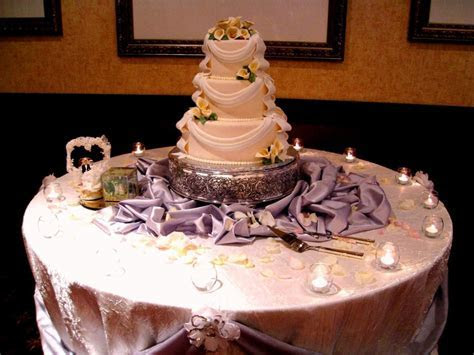 Wedding Table Decorations   A List Wedding Services   the
