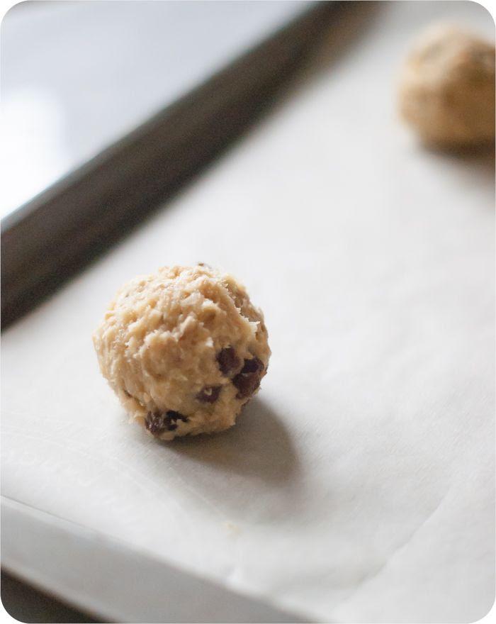 oatmeal bourbon raisin cookies from @bakeat350