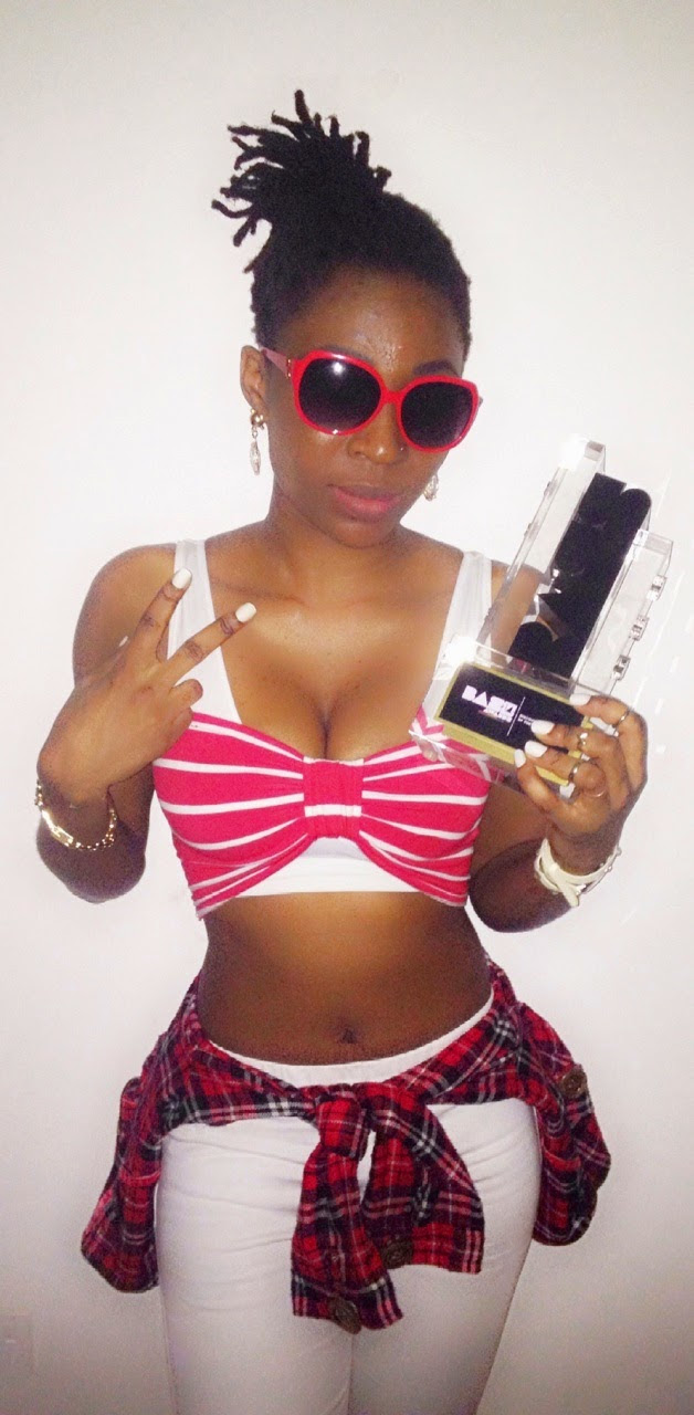 AK Songstress wins the biggest award in ghana.@Aksongstress. @paradiseghana. @dj_Proojet
