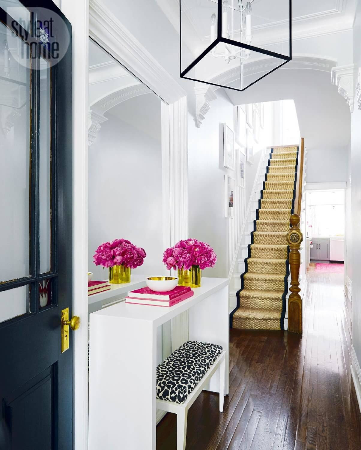 40 Entryway Decor Ideas to Try in Your House | KeriBrownHomes