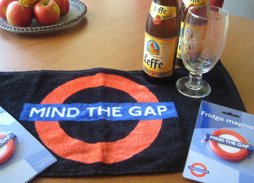 Mind the Gap Beer Spillage Mat & Magnets