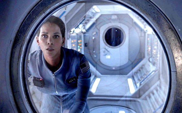 Halle Berrt : 'Extant' (Still) photo extant.jpg