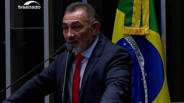 Telmário Mota (PDT/RR) deve ser o único senador do PDT a votar contra o impeachment de Dilma Rousseff.