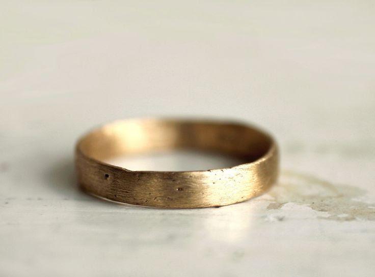 A rustic gold wedding band. 18k. Lulu  http://www.etsy.com/listing/105743280/a-rustic-gold-wedding-band-18k-lulu