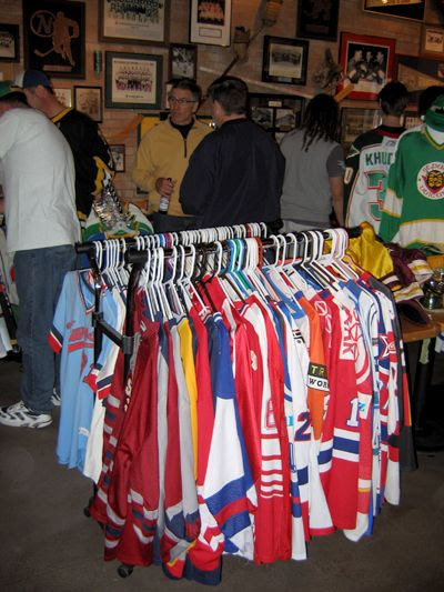 Game worn meeting 2010