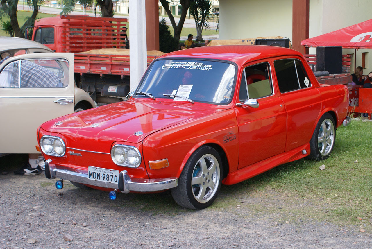 VW Sedan Picture-Archive