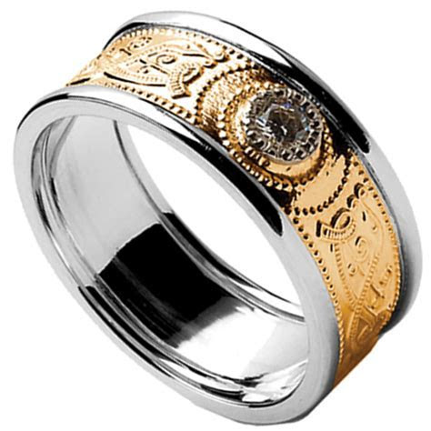Celtic Ring   Men's Yellow Gold with White Gold Trim and