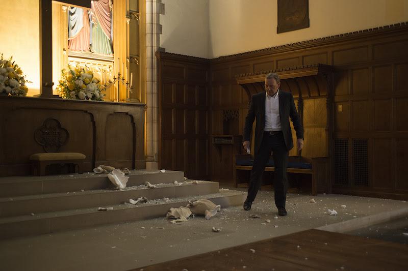 """House of Cards"" Season 3 Episode 4 broken jesus"