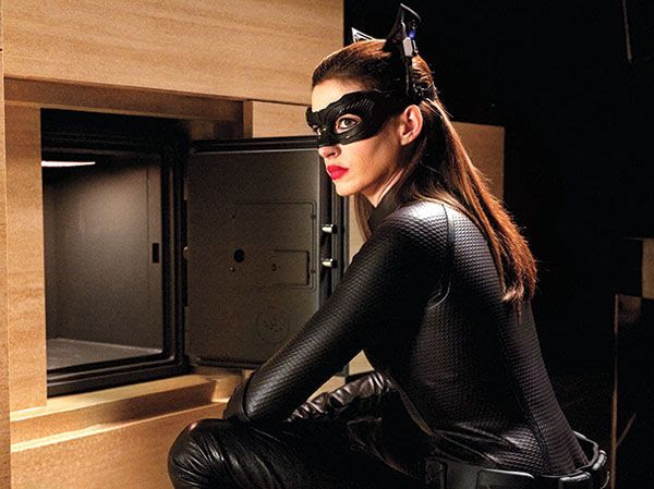 Selina Kyle/Catwoman (Anne Hathaway) isn't pleased that the safe is empty in THE DARK KNIGHT RISES.