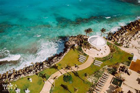 Hyatt Ziva Cancun Wedding Photographer   Stephanie   Rick