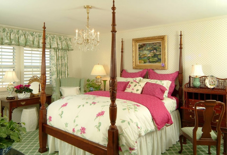 Gorgeous Feminine Bedroom Style That Will Complement Your ...