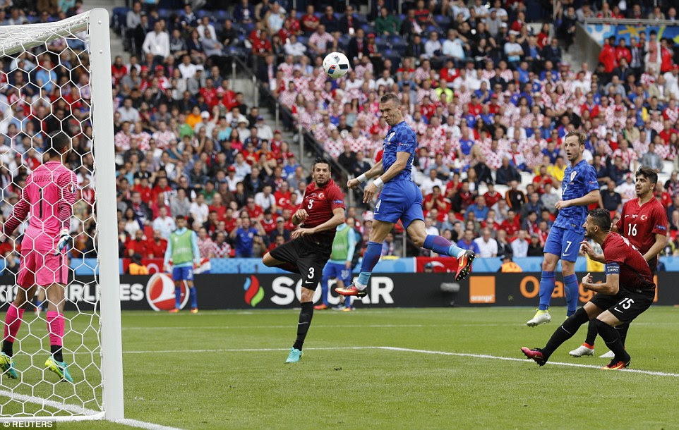 Ivan Perisic (centre) also sent a header against the crossbar as Croatia pushed for a second goal in their Group D clash
