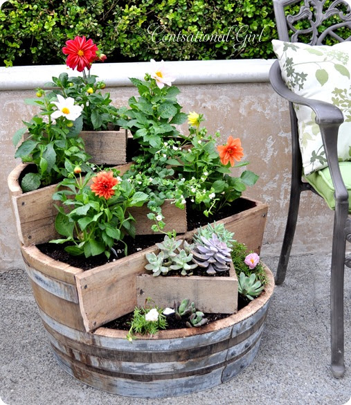 kates-tiered-recycled-wine-barrel-planter_thumb (507x585, 163Kb)