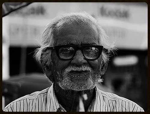 Jo zindagi ki raah me bane the mere hamsafar  Woh mere dost tum hi the, tumhi to the by firoze shakir photographerno1