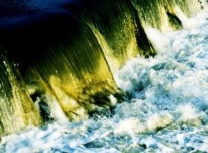 160 familias afectadas en Limón por mal manejo de aguas residuales. Imagen con fines ilustrativos / Archivo CRH