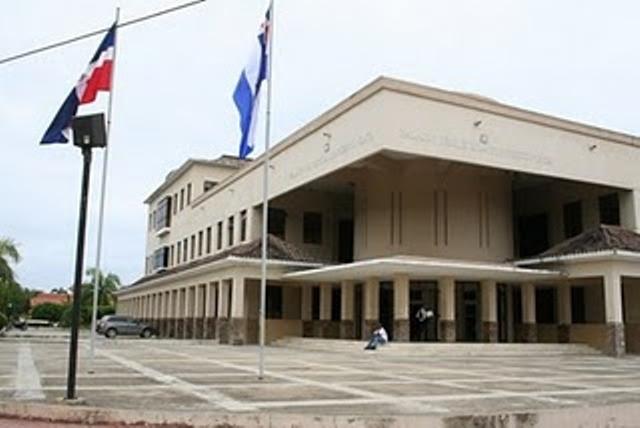 Resultado de imagen para Palacio de Justicia de Puerto Plata.