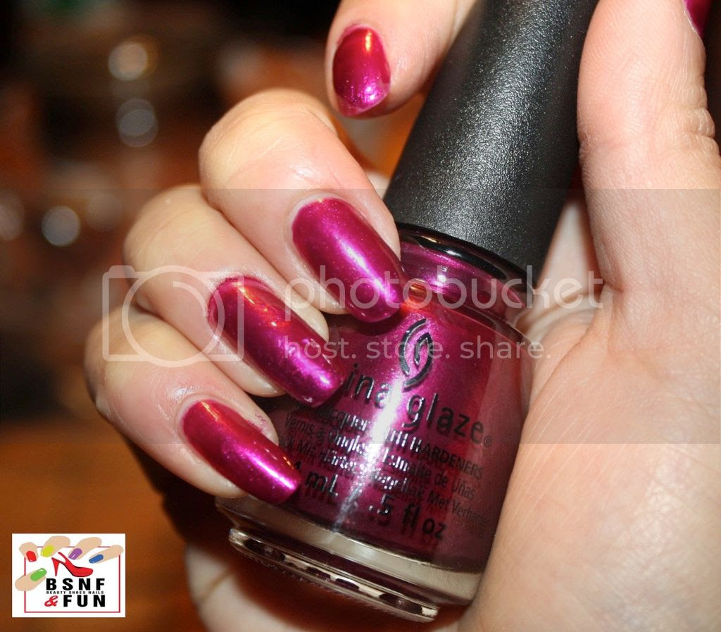 photo China Glaze Cheers-5_zpsrpaalx14.jpg