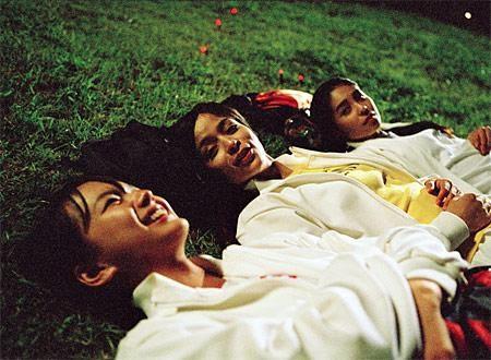 Night Time Picnic (2006) :  Masa Muda dan Perjalanan Menyambut Kehidupan