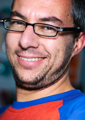 Sonriendo (365-309)