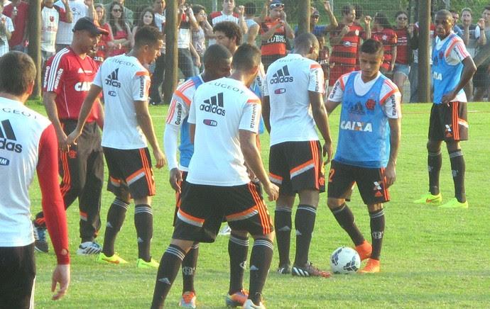 Treino Flamengo Criciúma (Foto: Fred Huber)