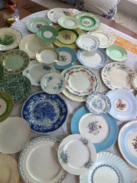 25  best ideas about Mismatched China Wedding on Pinterest