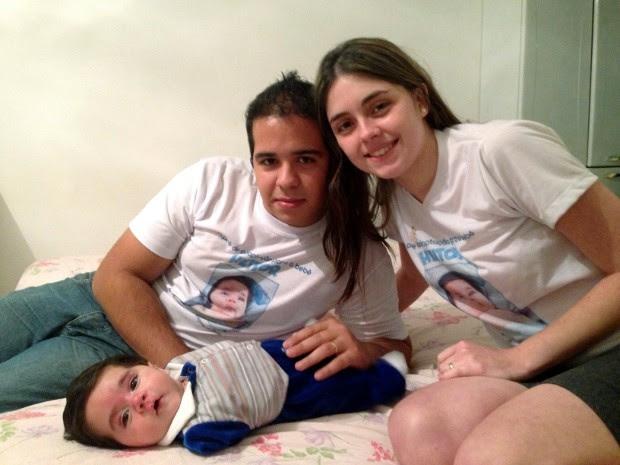 Heitor nasceu sem os braços (Foto: Natália de Oliveira / G1)