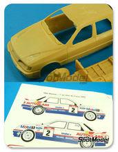 Maqueta de coche 1/24 Renaissance Models - Ford Sierra Cosworth 4x4 Grupo A Mobil Carglass - Nº 2, 6 - Delecour + Grataloup, Biasion + Siviero - Tour de Corse 1992 - kit multimaterial