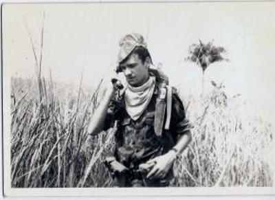 Militar em Angola em 1972, durante a guerra colonial