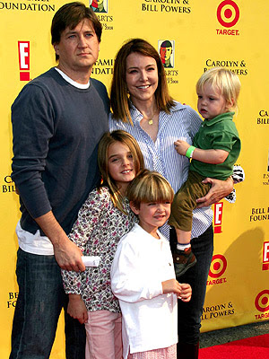 family photo - Bill Lawrence, Christa Miller, and their kids [click to enlarge]