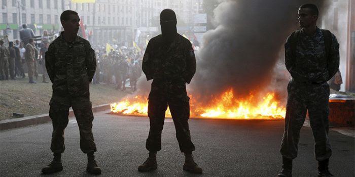 Gli Stati Uniti hanno creato un mostro incontrollabile in Ucraina e continuano a sostenerlo