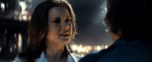 Lois Lane (Amy Adams) confronts Lex Luthor in BATMAN V SUPERMAN: DAWN OF JUSTICE.