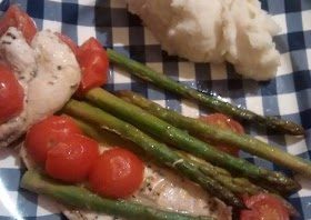 How to Prepare Perfect Roasted chicken breast with cherry tomatoes & asparagus