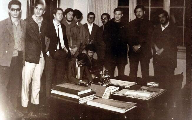 Fotos mostram a repressão à ocupação da Faculdade de Filosofia da USP, em São Paulo, pelos estudantes. Foto: Arquivo Brasil Nunca Mais