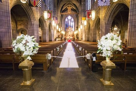 Romantic Garden Inspired Summer Wedding in New York City
