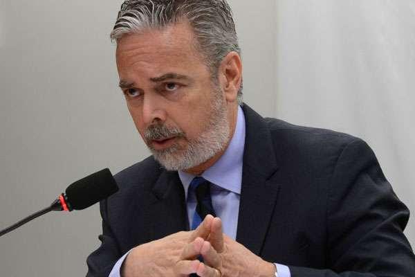 Fuga de senador boliviano para o Brasil causou a crise que levou à demissão do ministro (Antonio Cruz/ABr)
