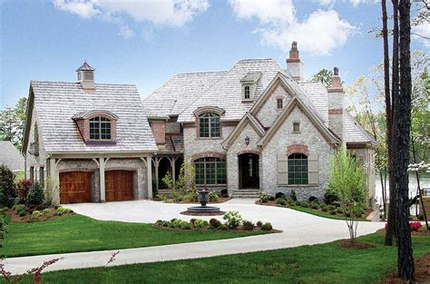 stone  brick french country lv architectural