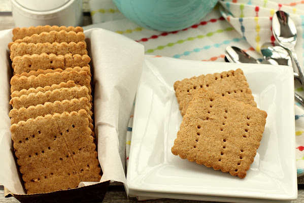 English Digestive Biscuits - Karen's Kitchen Stories