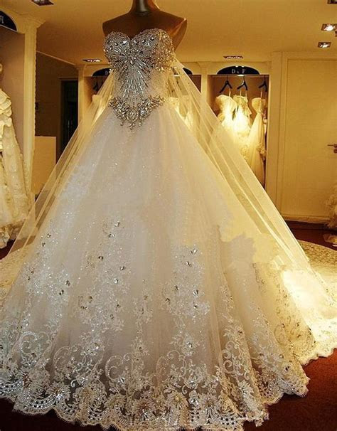 2016 Hot Sale Luxury Crystal Beaded Wedding Dress Long