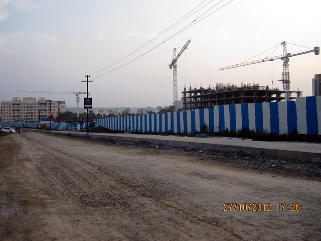 Under Construction Corporate Complex of Cummins opposite Park Grandeur - 3 & 4 BHK Homes, Penthouse & Duplex on Baner Balewadi Link Road - Baner Pune 411045