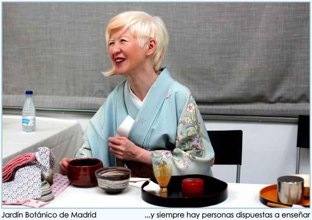 En la muestra de Ikebanas y otras artes japonesas